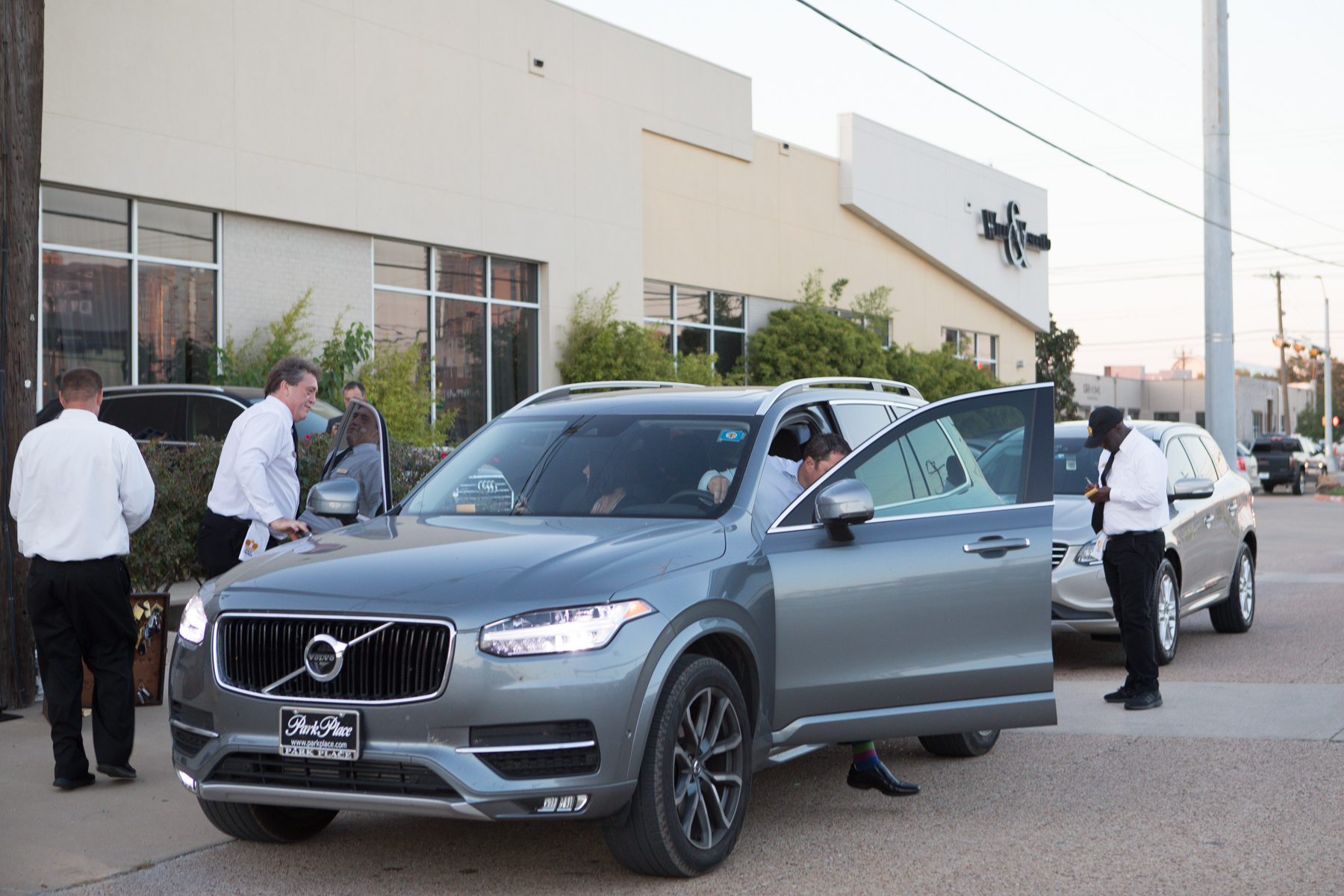 Best Luxury Compact Suv >> Volvo Xc60 Named Best Luxury Compact Suv Of 2018 By Cars Com